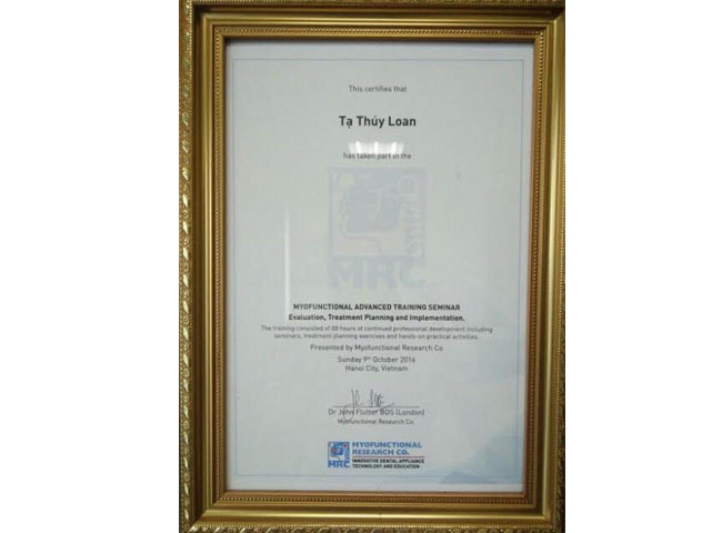 This certifile that (Tạ Thúy Loan)